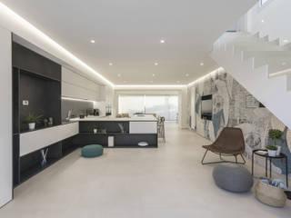 DFG Architetti Associati Puertas y ventanas de estilo moderno