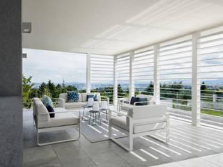 """MAISON """"MA"""" Balcon, Veranda & Terrasse modernes par ARRIVETZ & BELLE Moderne"""