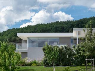 Maisons et villas modernes par les architectes d'a2-Sb par ARRIVETZ & BELLE Moderne