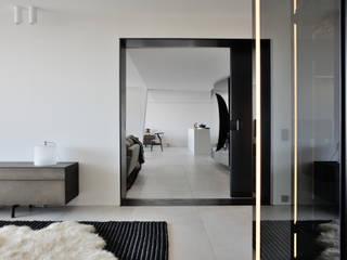 Maisons et villas modernes par les architectes d'a2-Sb Salon moderne par ARRIVETZ & BELLE Moderne