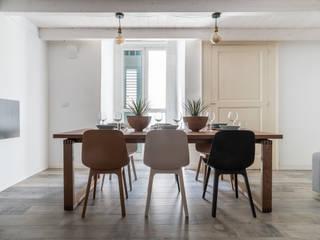 Facile Ristrutturare Phòng ăn phong cách tối giản