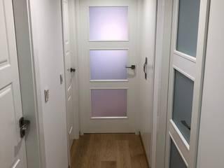 inbasi Interiorismo y Decoración S.L.U. Scandinavian style doors