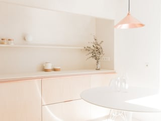 Scandinavian style dining room by Plantea Estudio Scandinavian