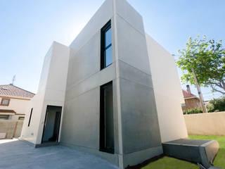 Proyecto en Madrid capital Casas de estilo minimalista de The Concrete Home Minimalista