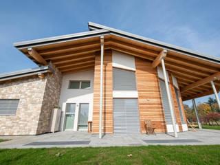 Casa Bonate di Legnocamuna Case Moderno
