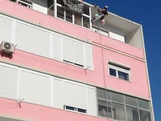 Home 'N Joy Remodelações Rumah teras Pink