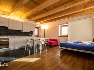 """Albergo diffuso """"Borgo Soandri"""" Sutrio (UD) Hotel in stile rustico di Roberto Pedi Fotografo Rustico"""