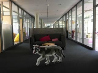 Modern Study Room and Home Office by _WERKSTATT FÜR UNBESCHAFFBARES - Innenarchitektur aus Berlin Modern