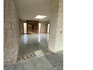 Cervantes Bueno arquitectura Koridor & Tangga Gaya Rustic Marmer White