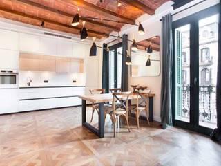 Reforma integral piso Aribau Vb Reformas Integrales Comedores de estilo rústico