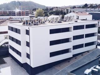 by Construções e Imobiliária Navio, Lda