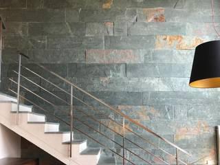 Fachada de pizarra verde depizarra.com Paredes y suelos de estilo clásico Pizarra Verde