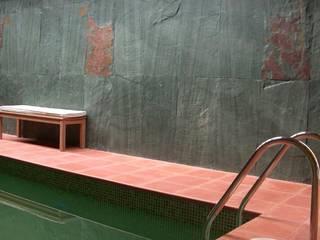 Fachada de pizarra verde depizarra.com Piscinas naturales Piedra Verde