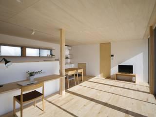 C lab.タカセモトヒデ建築設計 Ruang Keluarga Modern