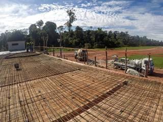 Construção de subestação da Belém Bio Energia por Verde Arquitetura e Engenharia Rústico