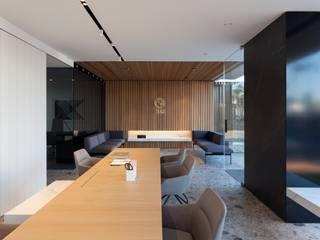 Oficinas ONE Oficinas y tiendas de estilo moderno de MANUEL GARCÍA ASOCIADOS Moderno