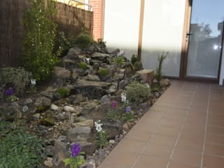 Aquallart 石頭庭院