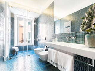 Hoost - Home Staging BathroomBathtubs & showers