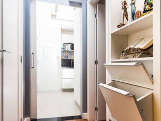 Raphael Civille Arquitetura Moderne gangen, hallen & trappenhuizen