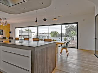Brunel Architecture Modern style kitchen