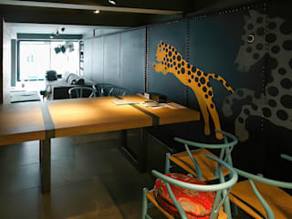 Yuthlert Modernize Design + Turnkey ห้องนั่งเล่น ไม้ Grey