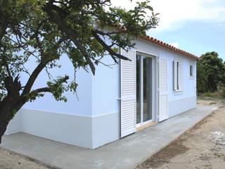 Moradia em Santo António da Charneca, Barreiro por Archimais Moderno