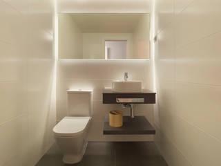 YOLANDA GUTIERREZ ESTUDIO DE ILUMINACIÓN Moderne Badezimmer
