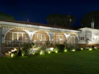 YOLANDA GUTIERREZ ESTUDIO DE ILUMINACIÓN Moderner Garten