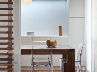Restyling appartamento tuttaunaltracasa Sala da pranzo moderna