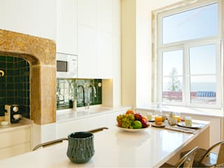 Eclectic style kitchen by MA.TERIA. ARCHITECTURE SOLUTIONS Eclectic Tiles