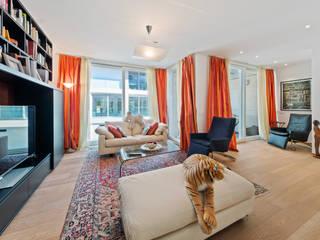 Filippo Zuliani Architetto 现代客厅設計點子、靈感 & 圖片 木頭 White