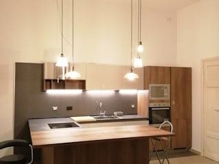 2Emme Edilizia srl Industrial style kitchen