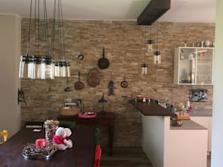 NUOVA VITA AL CASALE DI CAMPAGNA Angela Archinà Progettazione & Interior Design Cucina coloniale Legno