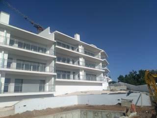 Rainhavip - Mediação Imobiliária, Lda. Casas estilo moderno: ideas, arquitectura e imágenes