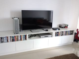 Modulor Mobiliario y Arquitectura Living roomTV stands & cabinets White