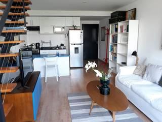 Modulor Mobiliario y Arquitectura Ruang Keluarga Gaya Mediteran Multicolored