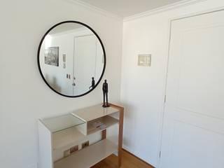 Proyecto Pocuro, RM, Chile Gabi's Home Pasillos, halls y escaleras minimalistas
