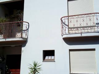 Obr&Lar - Remodelação de Interiores Rumah Modern Batu White