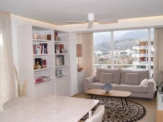 INTERIORISMO: Reforma completa de un apartamento en Benicasim Sara Hueso Fibla Salones de estilo moderno Contrachapado Blanco