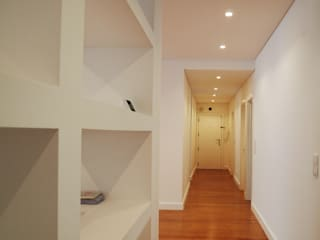 ARCHDESIGN LX Modern Corridor, Hallway and Staircase MDF White