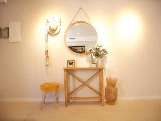 Shani Eck Dinding & Lantai Modern