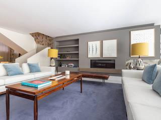 Fotorreportagem de Apartamento na Estrela, Lisboa Salas de estar clássicas por HOUSE PHOTO Clássico