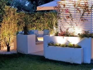 Fabio Valente Studio di architettura e urbanistica Front yard Concrete