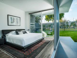 SANTIAGO PARDO ARQUITECTO Modern style bedroom