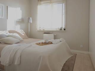 JENO Pracownia Projektowania Naturalnego Small bedroom Beige