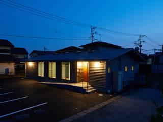 株式会社長野聖二建築設計處 現代房屋設計點子、靈感 & 圖片