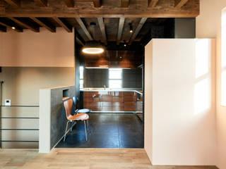 株式会社長野聖二建築設計處 現代廚房設計點子、靈感&圖片