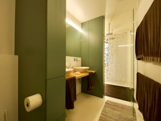 3rdskin architecture gmbh Eclectic style bathrooms Multicolored