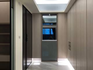 Corredores, halls e escadas modernos por 大也設計工程有限公司 Dal DesignGroup Moderno