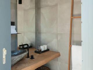 Casas de Banho Atelier Renata Santos Machado Casas de banho rústicas